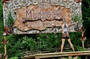 mudpack festival body paint