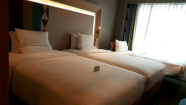 novotel-manila-araneta-center-bed-rooms