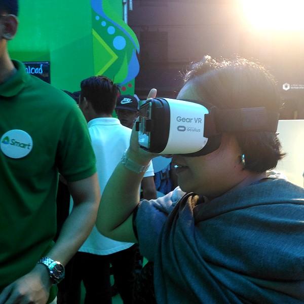 smart-masskara-vr-experience-at-the-smart-tent