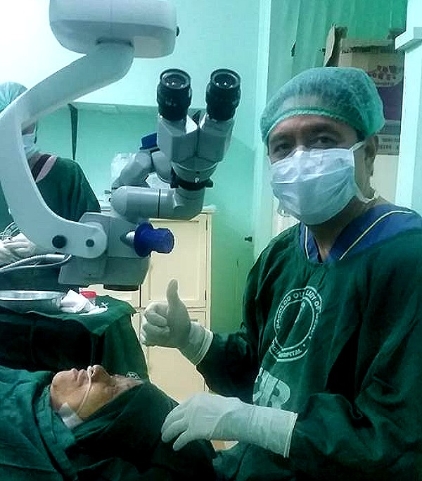 Dr Miguel Sarabia after eye operation