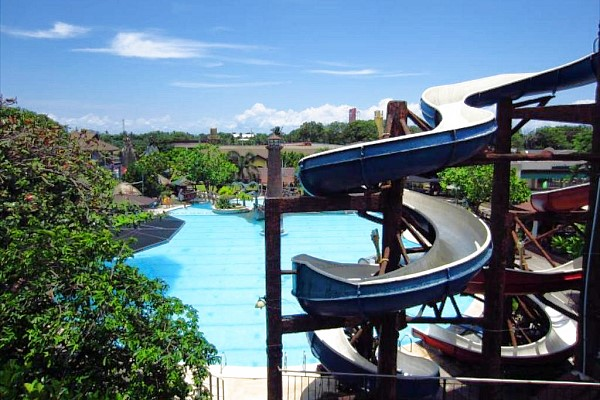 Caribbean Waterpark and Resotel