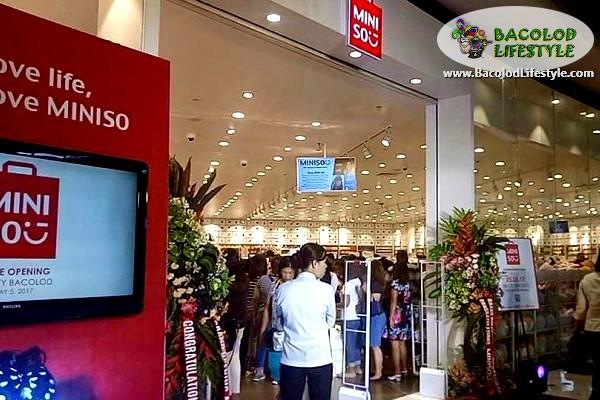 Miniso Bacolod at SM City Bacolod Storefront