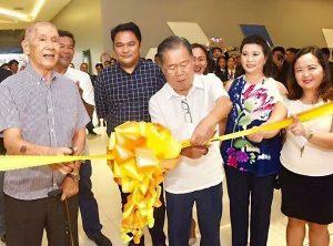 Sabor Bisaya 2017 ribbon cutting