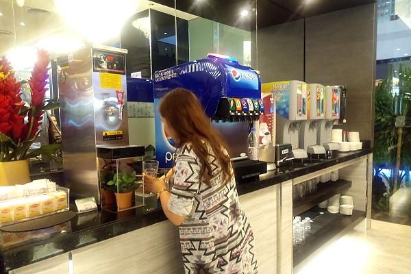 Yakimix Bacolod Beverage Section