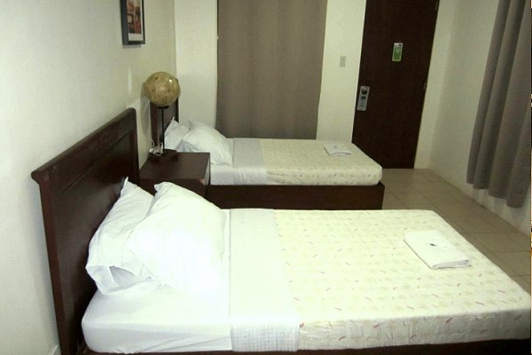 Th Bed And Breakfast Bacolod Rates