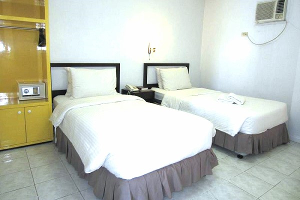 Northwest Inn - Bacolod Low Priced Pension Houses